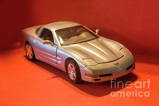 Model Corvette by Linda Phelps