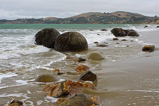 Moeraki Boulders, Otago, New Zealand by Venetia Featherstone-Witty