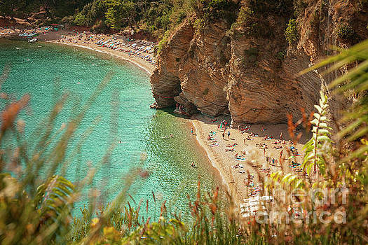 Sophie McAulay - Mogren beach sunbathers