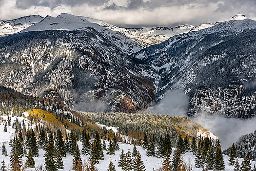 Molas Pass by Chuck Jason