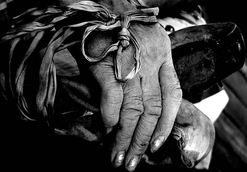 Mom and Her Ballet Shoes by Paul  Simpson