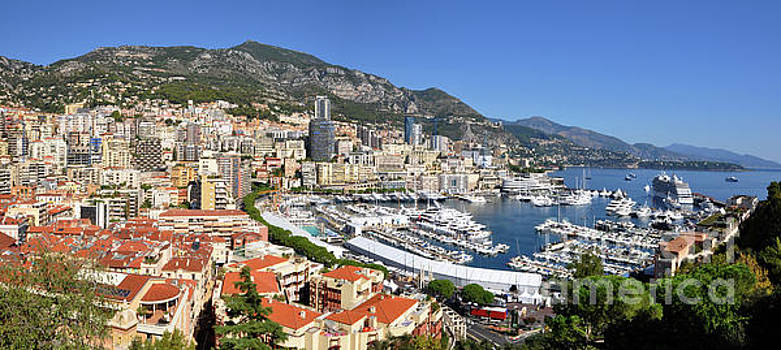 Yhun Suarez - Monaco Port Hercule Panorama