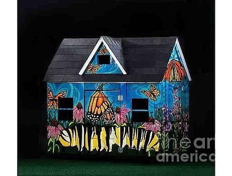 Monarch Butterlfies Take Flight by Genevieve Esson