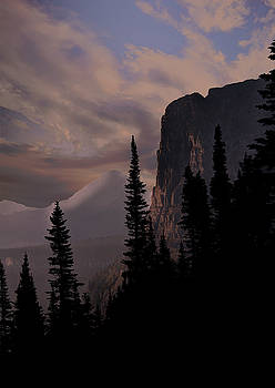 Montana sunrise by Roy Nierdieck