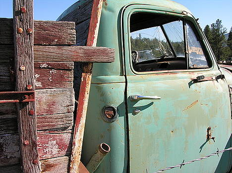 Montana Truck by Diane Greco-Lesser