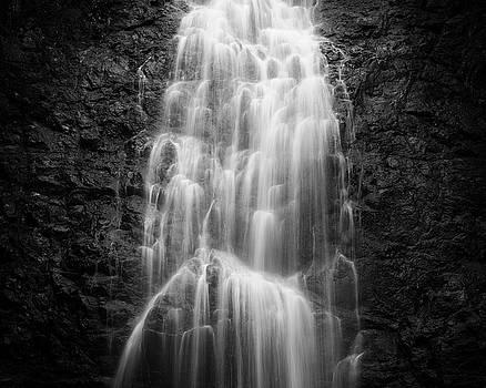 Montezuma waterfall in Costa Rica by Juhani Viitanen