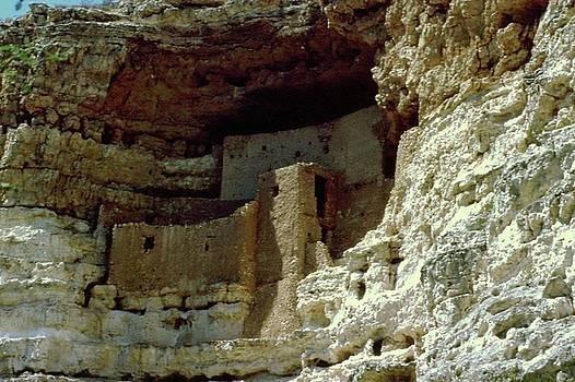 Gary Wonning - Montezumas Castle