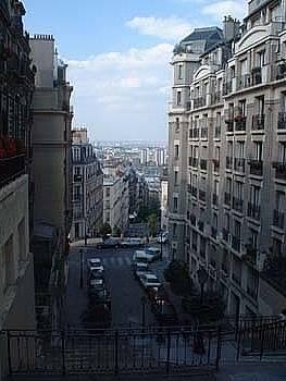 Montmartre by Joe Bigio