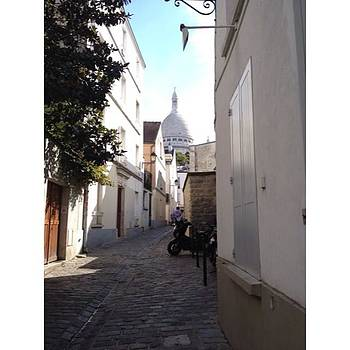 Montmartre by Shauna Hill