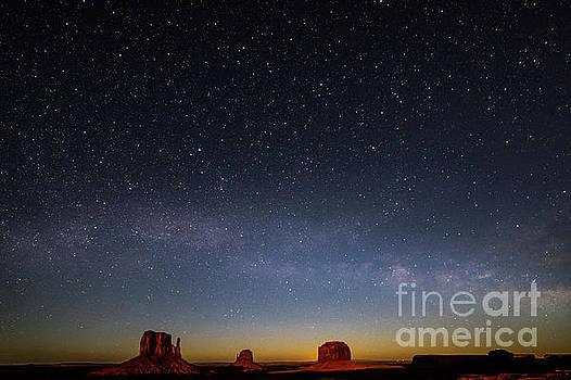 Tibor Vari - Monument Valley Milky Way Galaxy