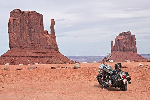 Steve Ohlsen - Monument Valley Motorcycle