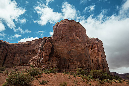 Monument Valley rocks by Roy Nierdieck