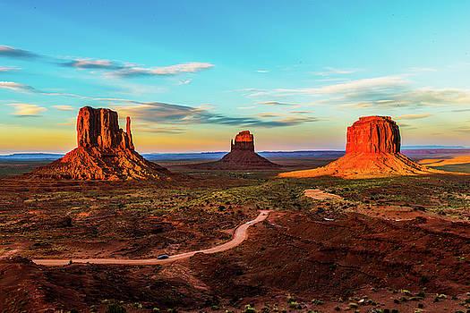 Monument valley sunset by Hisao Mogi