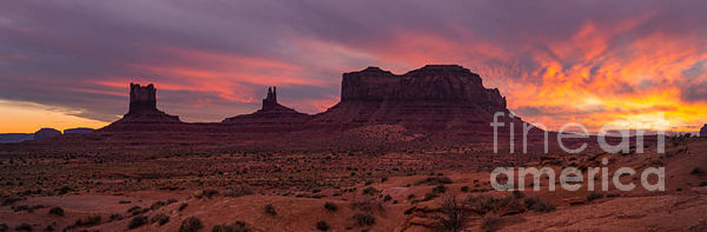 Monument Valley Sunset by Patrick Dillon
