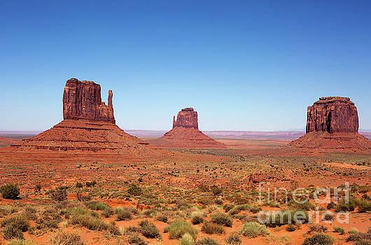 Monument Valley Utah The Mittens by Steven Frame