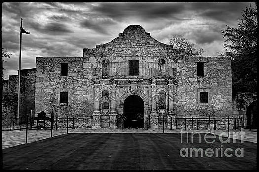 Jemmy Archer - Moody Morning at the Alamo BW