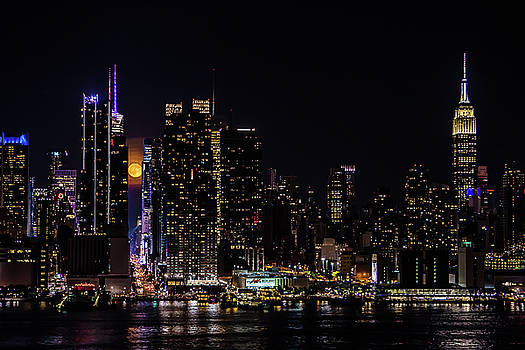 Moonrise Along The Empire State by Bob Cuthbert