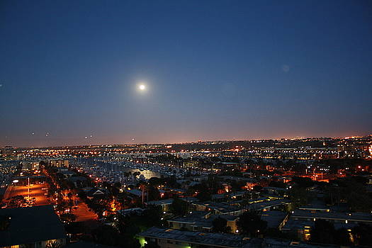 Moonrise in Marina Del Rey  by Victoria  Johns