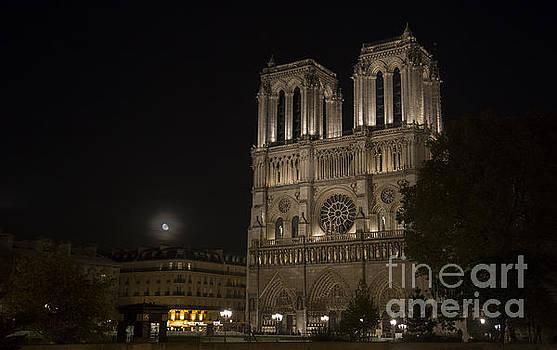 Moonrise Notre Dame by Hitendra SINKAR