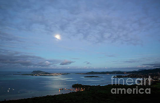 Moonrise over Kaneohe Bay by Charmian Vistaunet