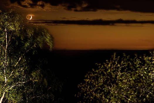 onyonet  photo studios - Moonset At Bay Harbor