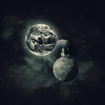 Moonsitting by Joao Fe