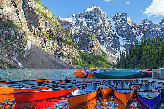 Moraine Lake Canoes by Craig Sanders