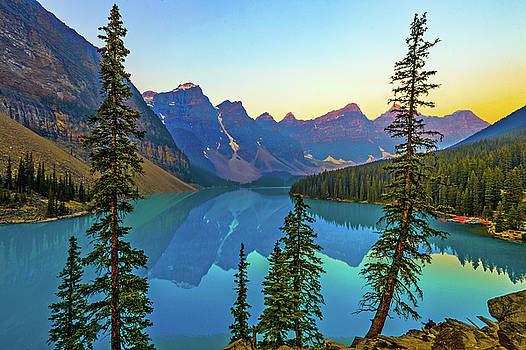 Moraine Lake by Scott Mahon