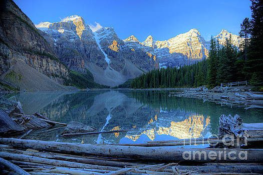 Wayne Moran - Moraine Lake Sunrise Blue Skies Logs