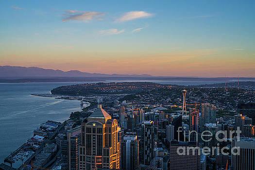 Morning in Seattle by Mike Reid