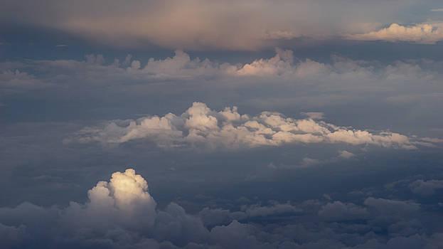 Vyacheslav Isaev - Morning in the sky