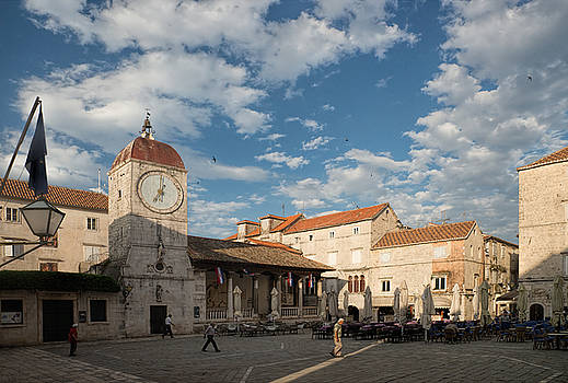Morning on the Square by Eric  Bjerke Sr