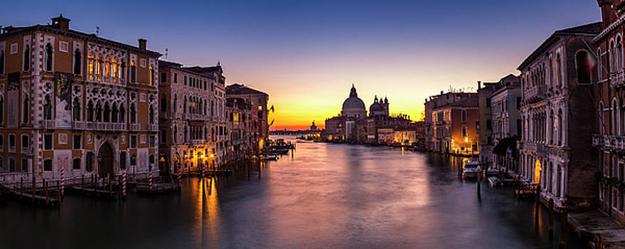 Morning over Venice by Andrew Soundarajan