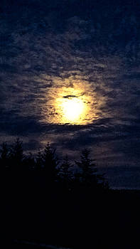 Morning Super Moon by Pacific Northwest Imagery