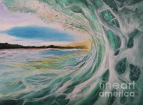 Morning Wave by Shirley Lennon