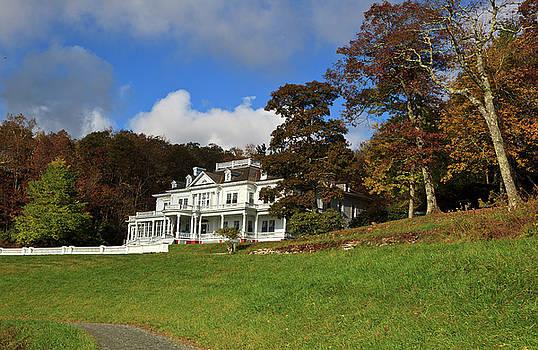 Jill Lang - Moses Cone Flat Top Manor