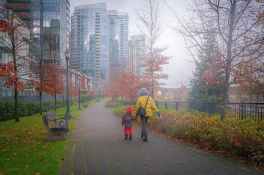 Mother and daughter on Vancouver's walk way by William Freebilly photography