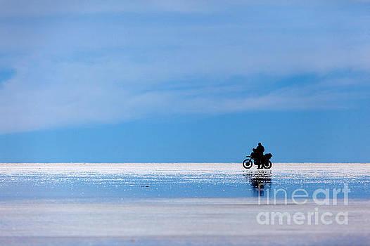 James Brunker - Motorbike trip across the Salar de Uyuni