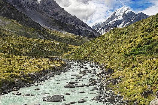 Mount Cook, New Zealand  by Martin Wackenhut