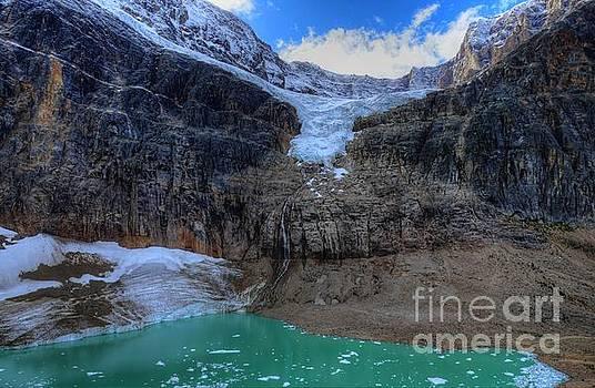 Wayne Moran - Mount Edith Cavell Angel Glacier Jasper National Park