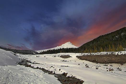 Mount Hood Winter Wonderland by David Gn