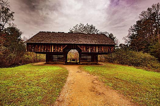 Mountain Barn by Steven Ainsworth