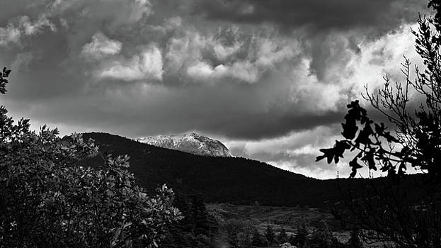 Mountain by Felix M Cobos