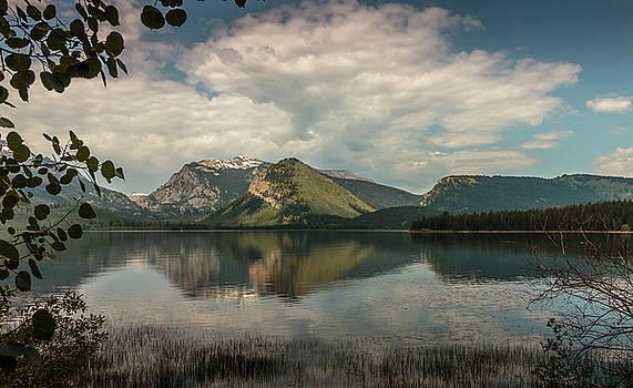 Mountain-Lake by Dennis Hill