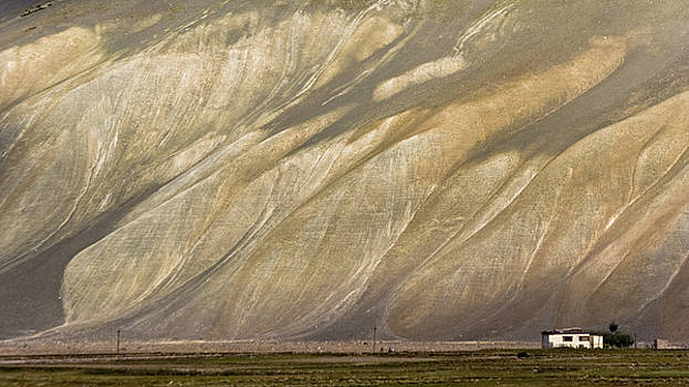 Mountain patterns, Padum, 2006 by Hitendra SINKAR