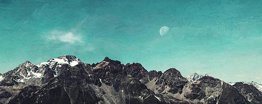 Mountain Range - Chiesa in Valmalenco - Lombardia - Italy by Dirk Wuestenhagen