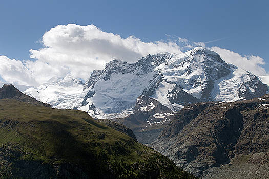 Aivar Mikko - Mountain View from Hohenweg Hohbalmen Trek