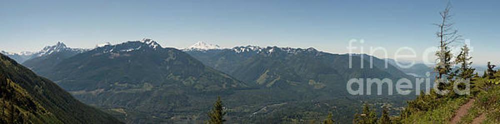 Rod Wiens - Mountains behind Elk