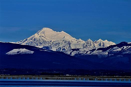Mt. Baker Looking East  by Bob Patterson