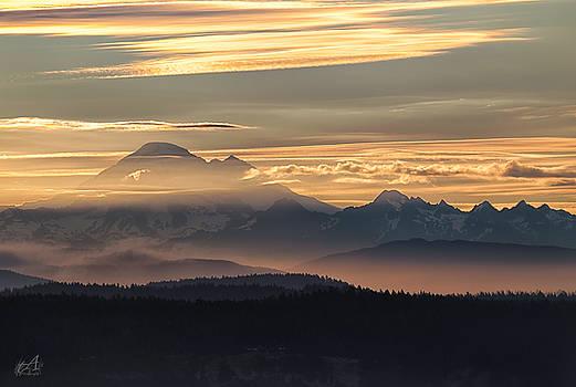 Mt Baker Morning Light by Thomas Ashcraft